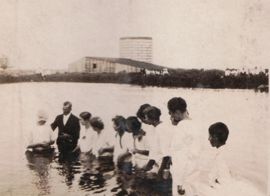 Baptismal in Playa Lake in Terry County Texas in 1918