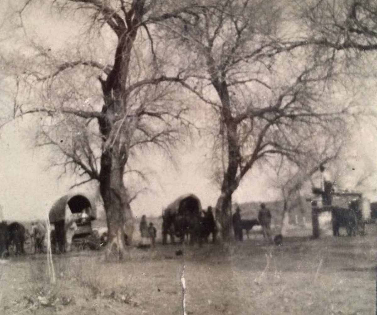 Carouth Family Traveling to Terry County through Roaring Springs 1922