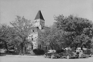 Courthouse. Glen Rose, Tx 1939