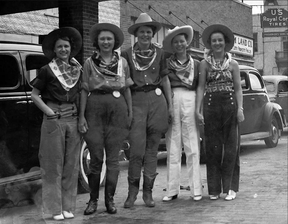 Dalhart Cowgirls at the XIT Ranch Rodeo in 1930's