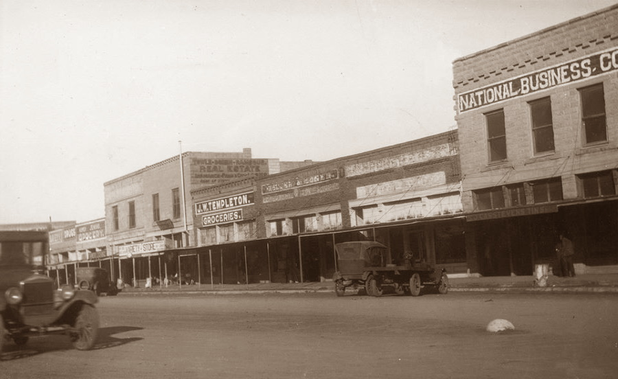 Downtown Snyder Texas in 1920s