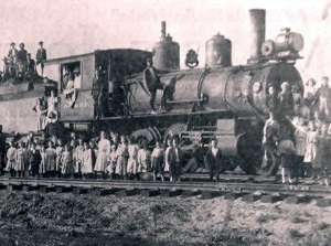 First Train Rolls into Lubbock in 1909