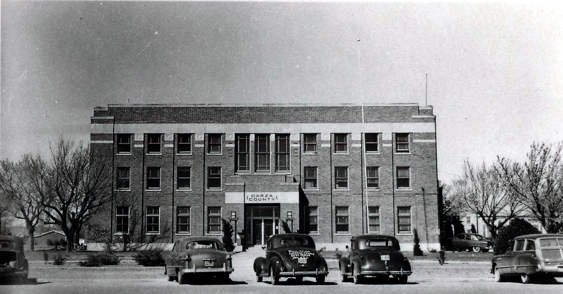 Garza County Courthouse 1940s