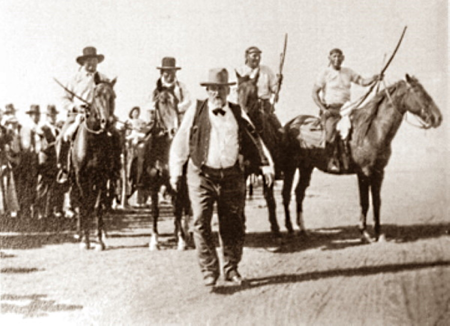 Buffalo Hunt on Goodnight Ranch in 1916