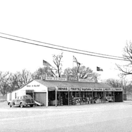 Highway 80 Roadside Stand between Dallas and Fort Worth 1942