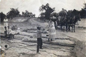 Near Glen Rose Texas in 1920