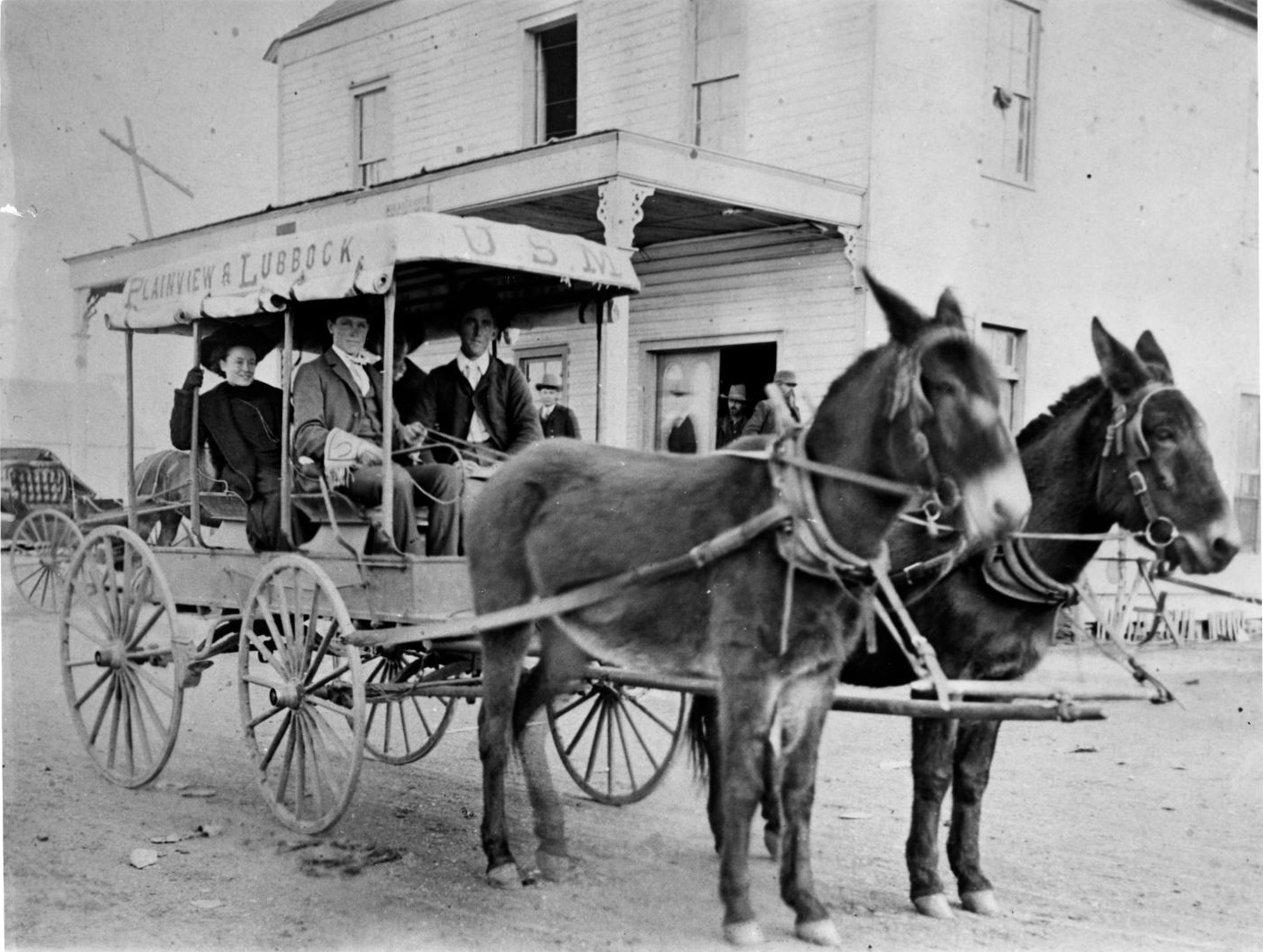 Plainview & Lubbock Stagecoach in 1907