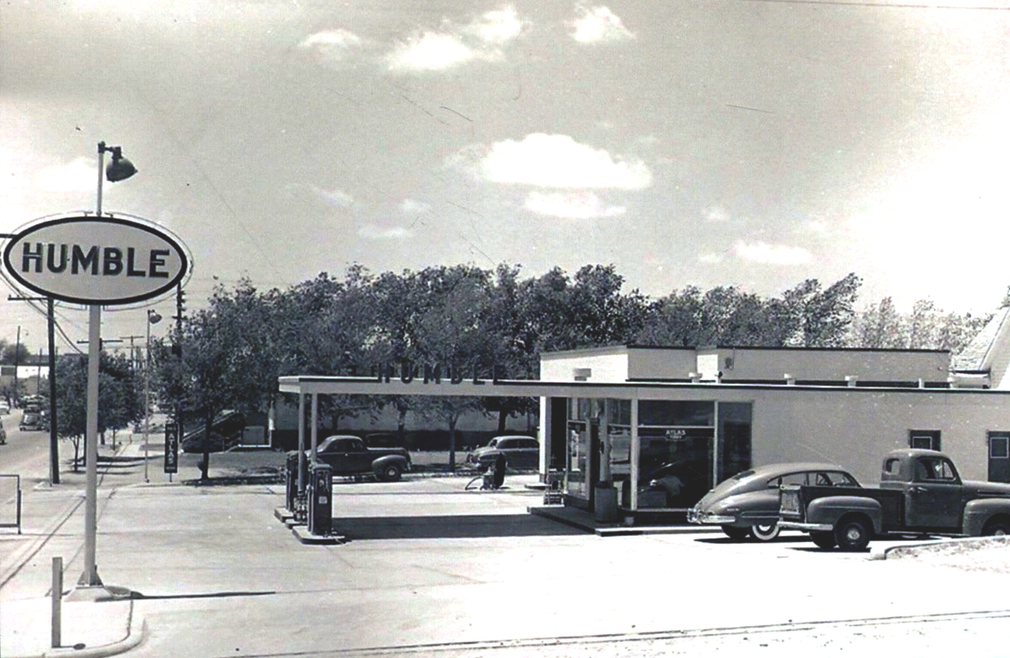 Humble Gas Station Snyder 1940s