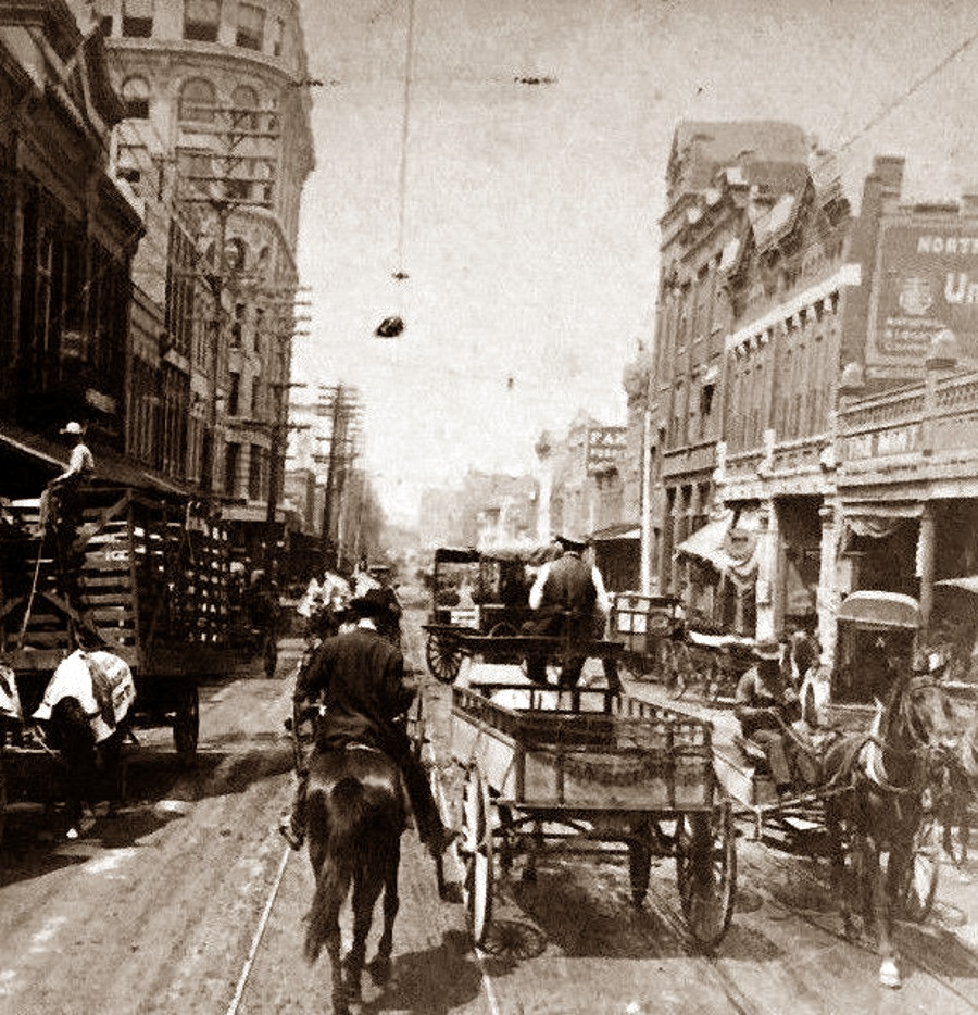 Elm Street in Dallas in 1899