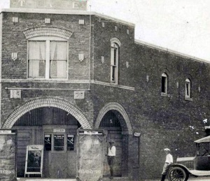 Wilselma Theatre in Slaton Texas in 1920